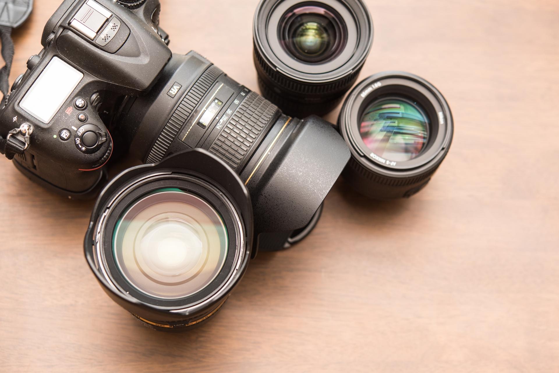 ビットマップデータ(ラスタデータ)を説明するカメラの画像